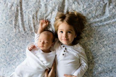 Tipy a triky pro rodiče dvou malých dětí do dvou let