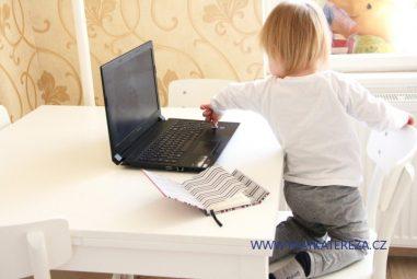 5+4 důvody proč (ne)pracovat na rodičovské dovolené